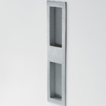 Fitted handle for sliding doors